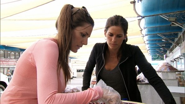 The Bunnies attempt Speed Dating on The Amazing Race 23