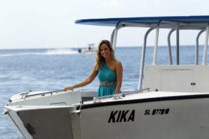 _fin_claire_boat