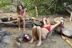 Nina wasn't able to bond with pals Hali and Jenn on the No Collar tribe.