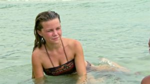 Julia, Survivor 32
